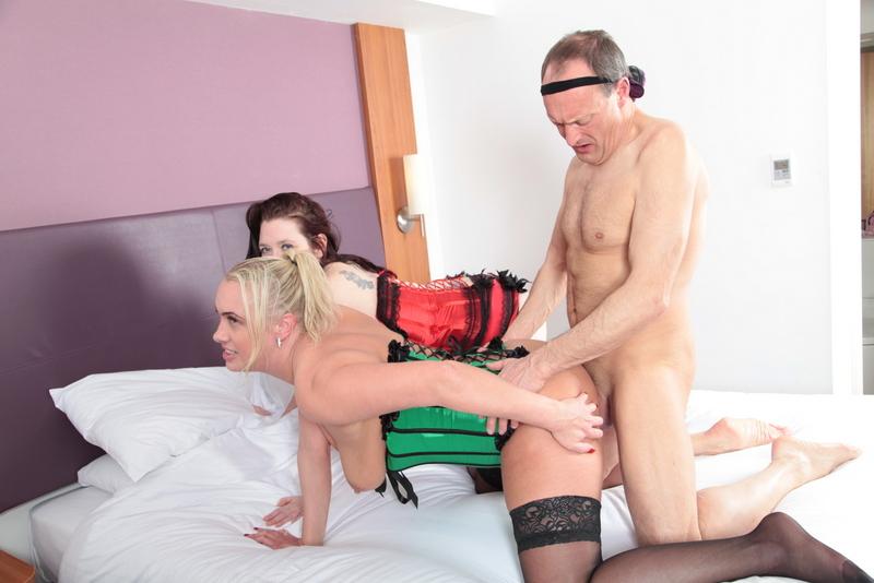 Denise davies fingering and fucking - 4 1